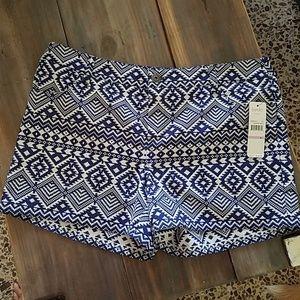 Laundry by Shelli Segal Dressy Shorts NWT size 6